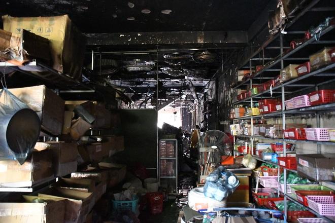 Vụ cháy 4 người chết: Công an lên tiếng khi bị chê