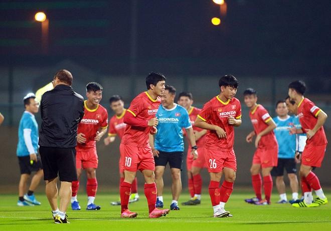 Văn Hậu trở lại, HLV Park Hang Seo thử tài thủ môn chờ đấu Indonesia - 2