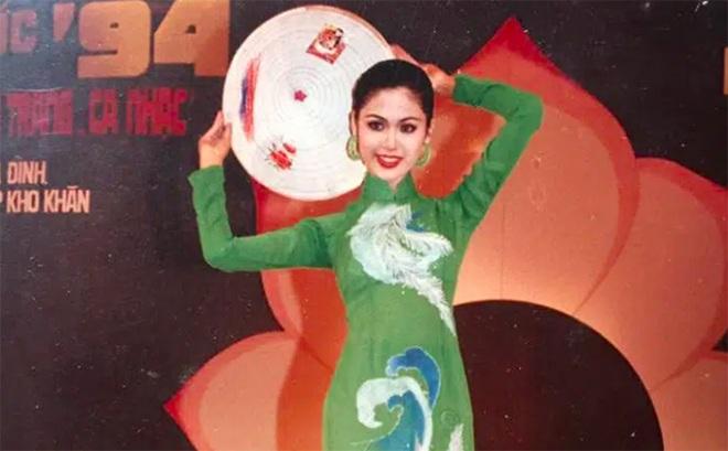 Hoa hậu Thu Thủy ngoài đời và những phát ngôn trên Facebook rất khác nhau - 3