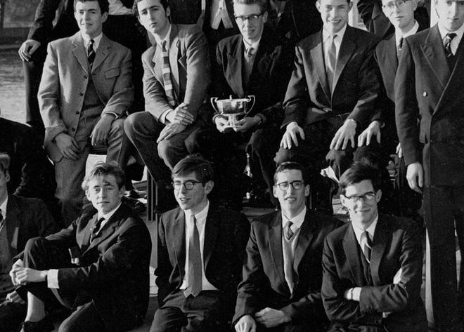 Cuộc đời và sự nghiệp của ông hoàng vật lý Stephen Hawking - 6