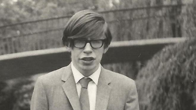 Cuộc đời và sự nghiệp của ông hoàng vật lý Stephen Hawking - 8