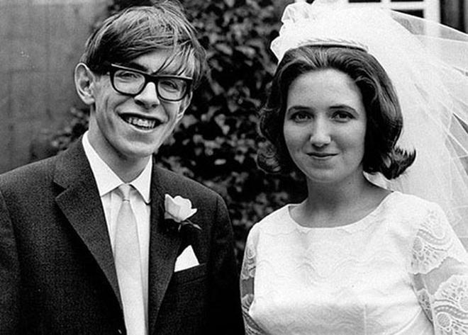Cuộc đời và sự nghiệp của ông hoàng vật lý Stephen Hawking - 15