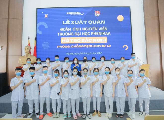 Hơn 20 thầy trò xếp bút nghiên xung phong lên hỗ trợ tâm dịch Bắc Ninh - 1