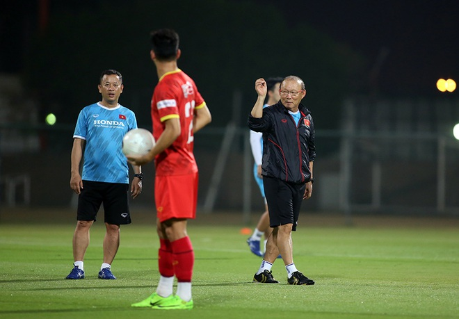 Thầy Park giúp Quang Hải, Công Phượng luyện tuyệt chiêu đấu Indonesia - 5
