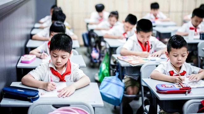Trung Quốc siết dạy thêm ngoài giờ nhằm giảm chi phí giáo dục - 1