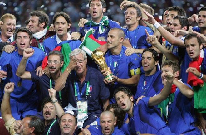 Bóng ma Calciopoli và chức vô địch thế giới đẫm nước mắt của Italia - 4
