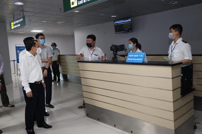 Kết quả xét nghiệm  77 F1 cùng chuyến bay vợ chồng dương tính SARS-CoV-2 - 1
