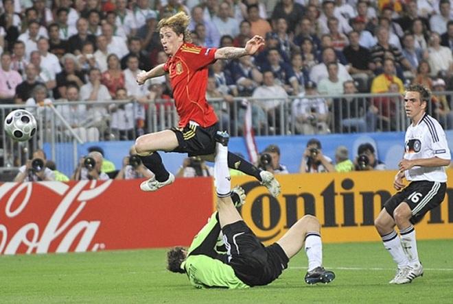 Ba chức vô địch danh giá và bản anh hùng ca của người Tây Ban Nha - 1