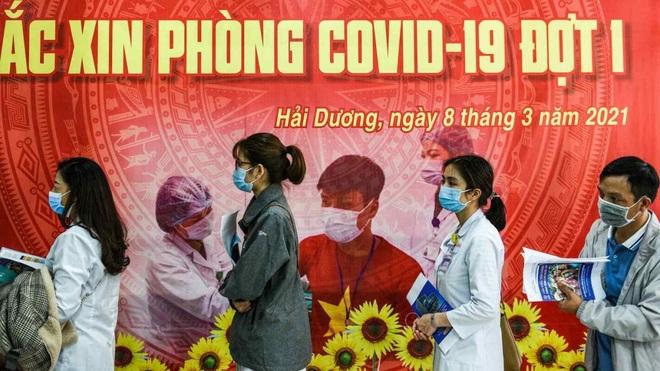 Dư luận quốc tế: Việt Nam ngày càng chủ động và linh hoạt trong ứng phó dịch bệnh - 1