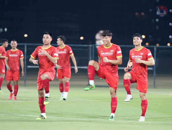 Việt Nam 4-0 Indonesia: Duyên ngầm của Công Phượng - 26