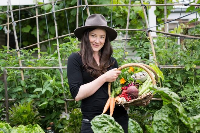 Bí quyết hay của cô gái trẻ sở hữu vườn 30m2 nhưng thu hoạch không xuể - 5
