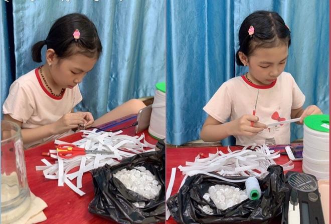 Cô bé 9 tuổi làm 500 chiếc tai giả tặng y bác sĩ tuyến đầu chống dịch - 2