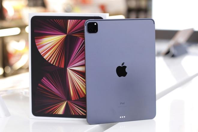 iPad Pro M1 chính hãng về Việt Nam, giá cao nhất 64 triệu đồng - 1