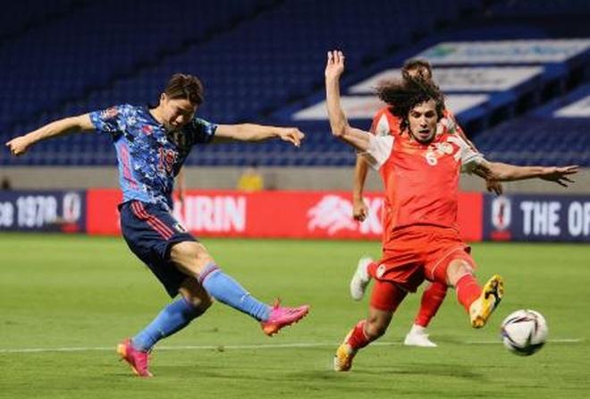 Minamino tỏa sáng, Nhật Bản thắng đậm ở vòng loại World Cup - 1