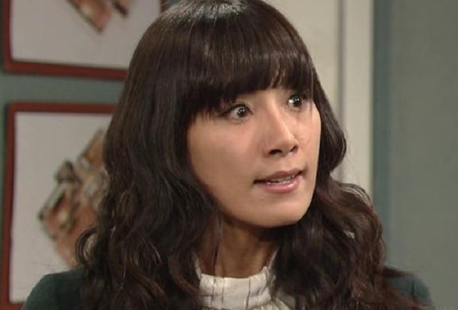 2 mỹ nhân thành danh nhờ gương mặt ác của màn ảnh xứ Hàn - 6