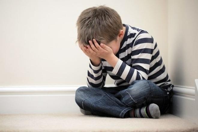 Cảnh giác vì ở nhà trốn dịch trẻ nảy sinh cảm xúc tiêu cực, mất kiểm soát - 2