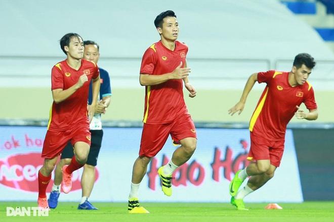 Việt Nam 4-0 Indonesia: Duyên ngầm của Công Phượng - 19