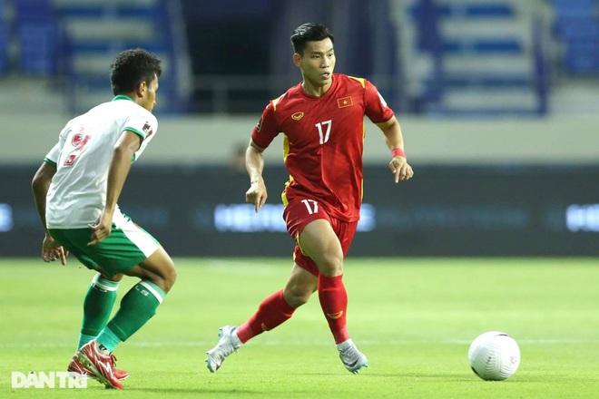 Việt Nam 4-0 Indonesia: Duyên ngầm của Công Phượng - 16