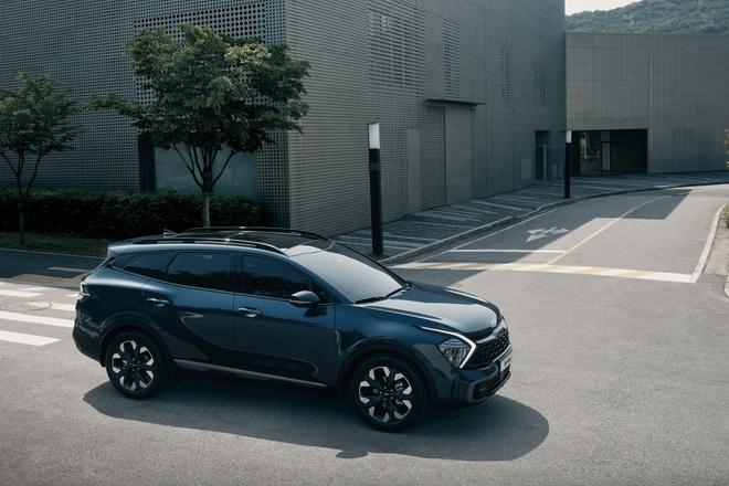 Kia Sportage thế hệ mới lộ diện, sẵn sàng cho cuộc chiến mới với Mazda CX-5 - 7