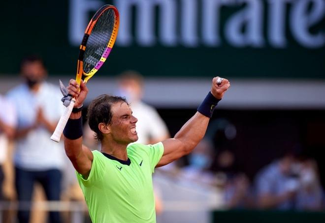 Nadal vào tứ kết sau chiến thắng trước thần đồng Italia - 2
