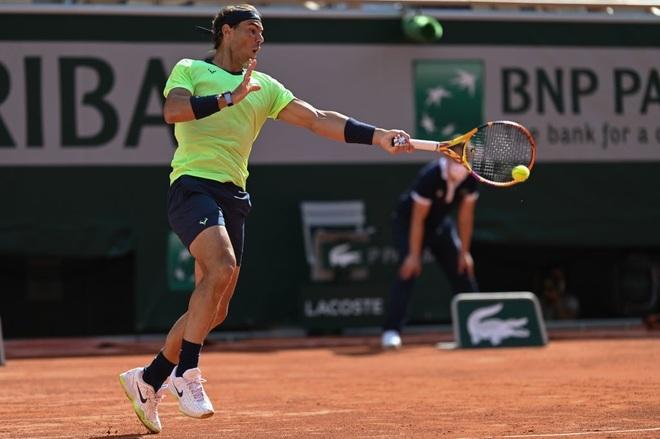 Nadal vào tứ kết sau chiến thắng trước thần đồng Italia - 3