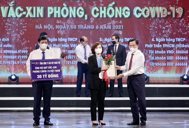 Bảo Việt Nhân thọ ủng hộ 30 tỷ đồng cho Quỹ vắc xin phòng dịch Covid-19 - 1