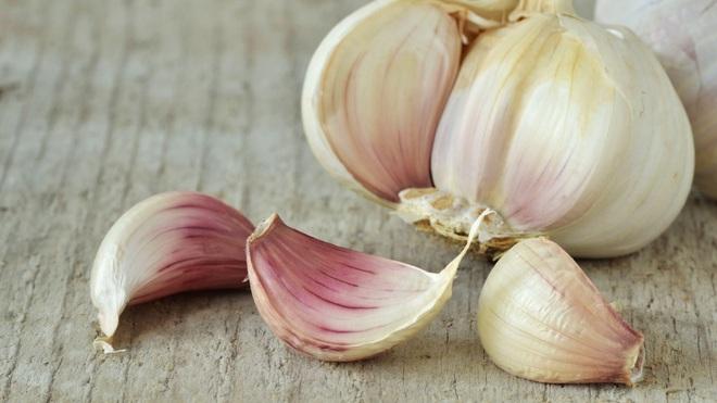 Những lợi ích tuyệt vời của việc ăn tỏi sống - 2