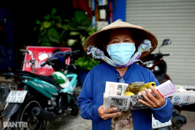 Người dân TPHCM chung tay hỗ trợ lao động nghèo vượt qua mùa dịch - 9