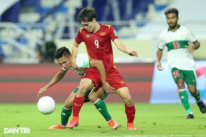 Việt Nam 4-0 Indonesia: Duyên ngầm của Công Phượng - 9