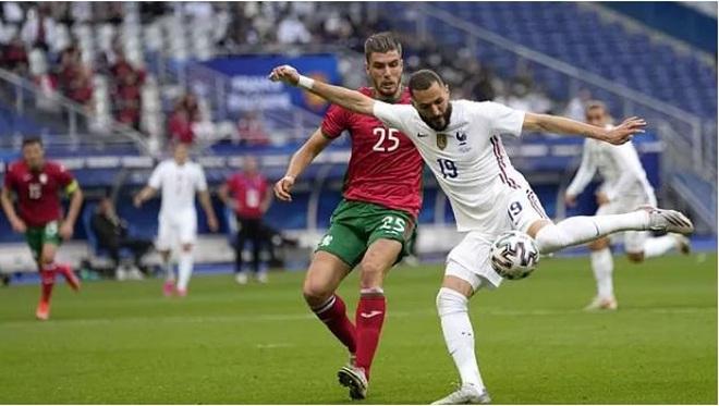 Benzema dính chấn thương trước thềm Euro 2020, đội tuyển Pháp lo lắng - 1