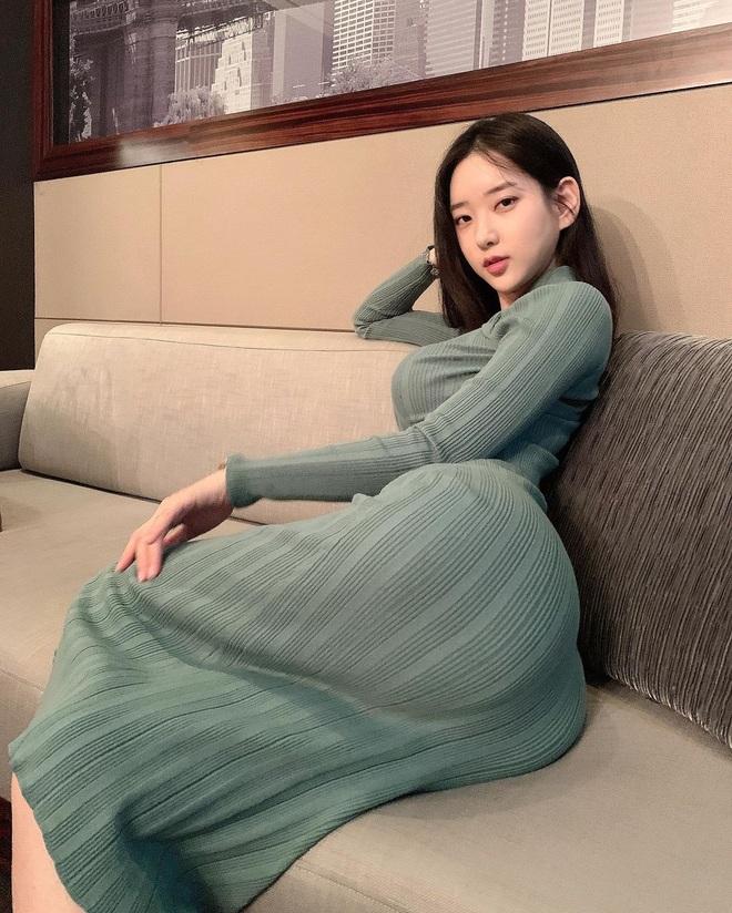 Người đẹp xứ Hàn sở hữu gương mặt baby, thân hình cực nóng bỏng - 5