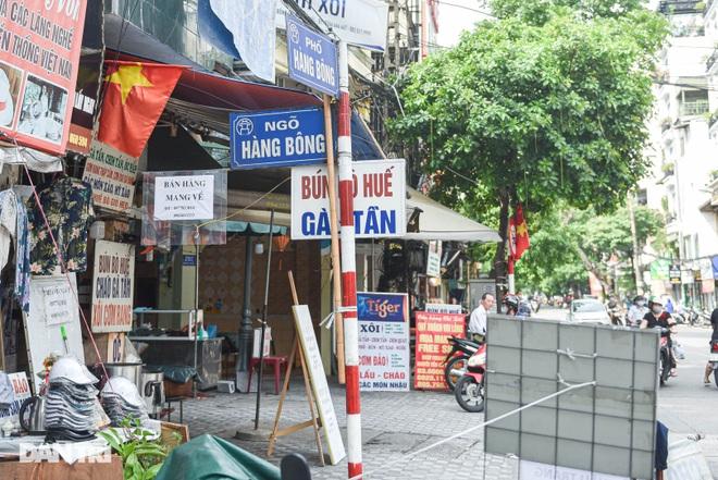 Con phố từng có nhiều tên gọi nhất ở Hà Nội - 9