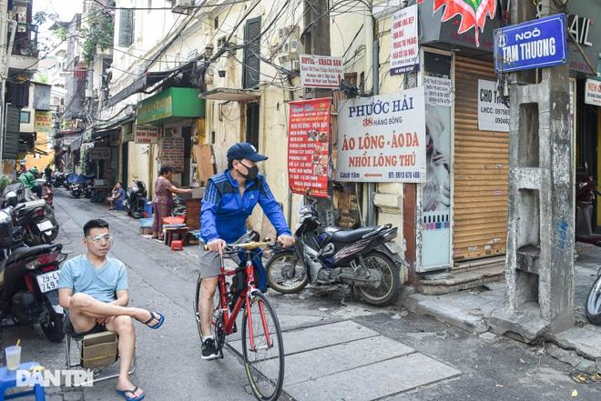 Con phố từng có nhiều tên gọi nhất ở Hà Nội - 8