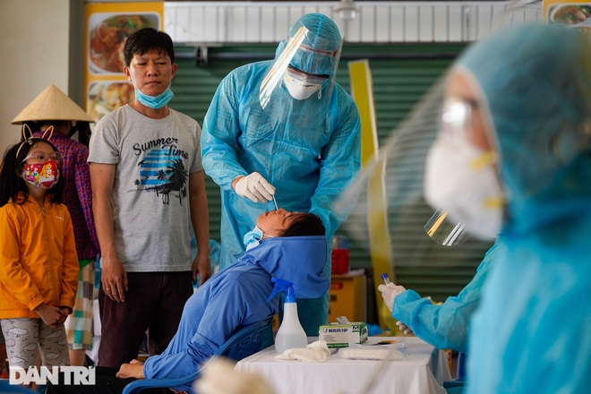 TPHCM: Nữ công nhân trong Công ty PouYuen dương tính với SARS-CoV-2 - 1