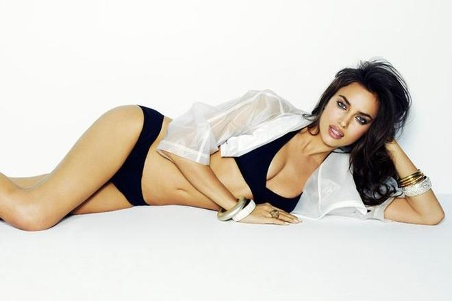 Vẻ bốc lửa của siêu mẫu là tình cũ Ronaldo, đang hò hẹn với Kanye West - 6