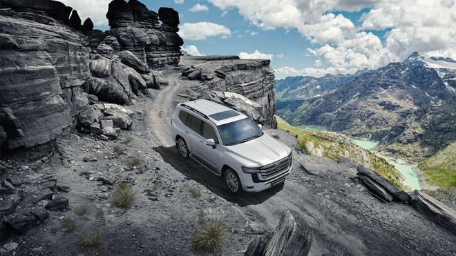 Toyota Land Cruiser 2022 trình làng: Khung gầm mới, không còn bản V8 - 36