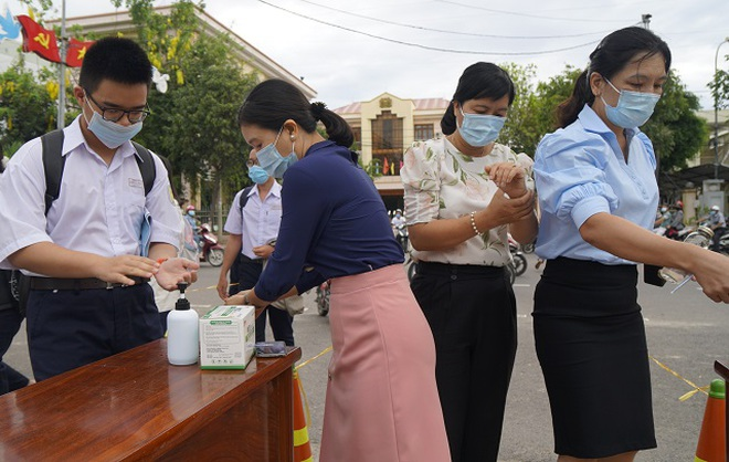 Vẻ đẹp của sức trẻ Việt Nam vào đề thi Ngữ văn lớp 10 Bình Định - 4
