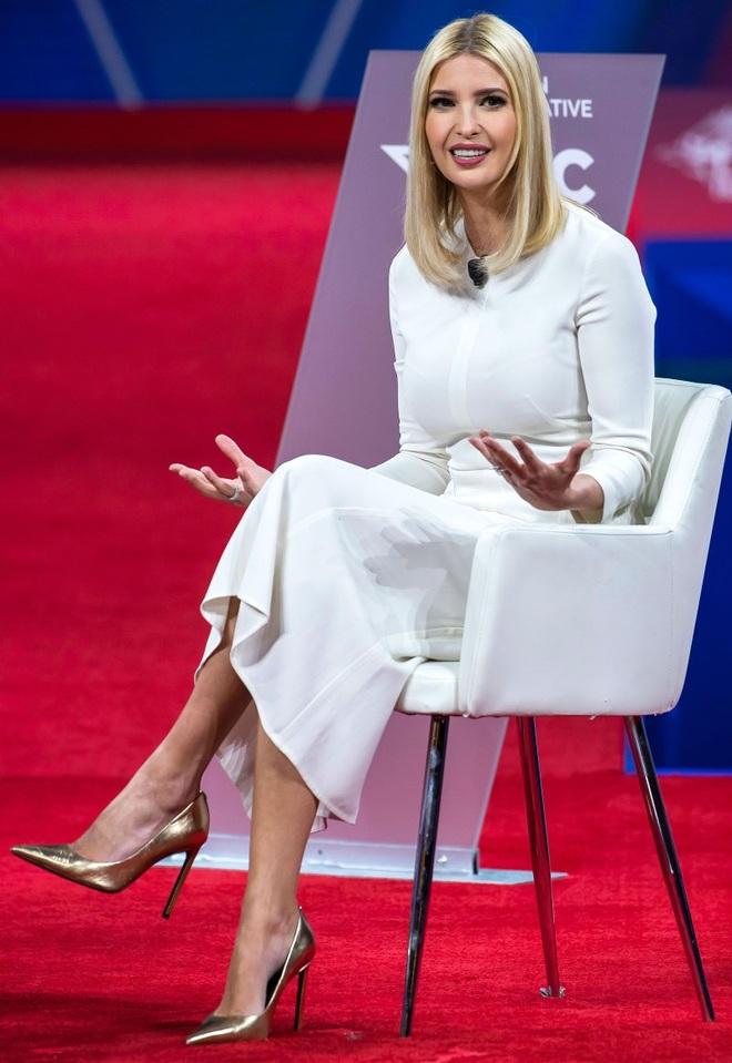 Phong thái và gu thời trang đẳng cấp của Ivanka Trump - 7