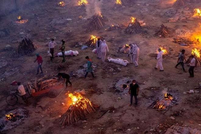 Ngày chết chóc nhất ở Ấn Độ: Hơn 6.000 ca tử vong trong 24 giờ - 1