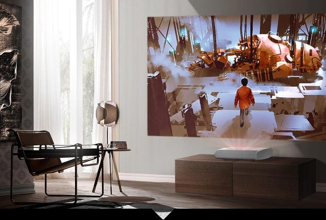 Mang rạp phim về nhà với bức tường trắng - 1