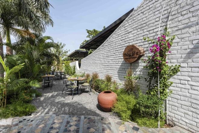 Quán cà phê sân vườn có thiết kế đẹp lạ, tiết kiệm điện năng - 4