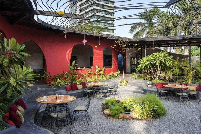 Quán cà phê sân vườn có thiết kế đẹp lạ, tiết kiệm điện năng - 10