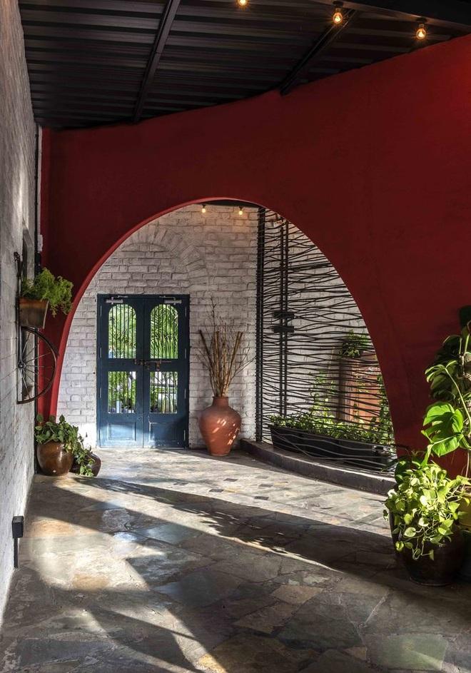 Quán cà phê sân vườn có thiết kế đẹp lạ, tiết kiệm điện năng - 5