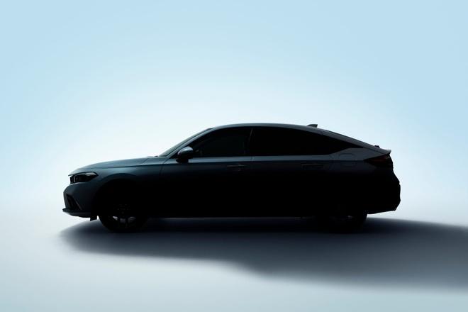 Honda Civic Hatchback lộ dáng trước ngày ra mắt chính thức - 2