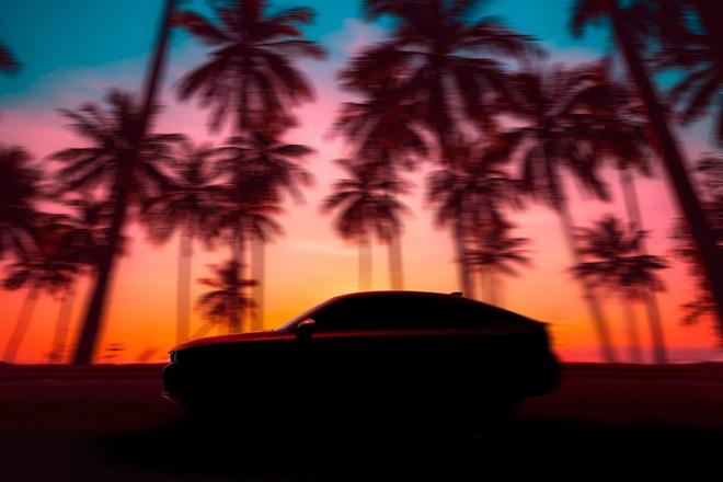 Honda Civic Hatchback lộ dáng trước ngày ra mắt chính thức - 1