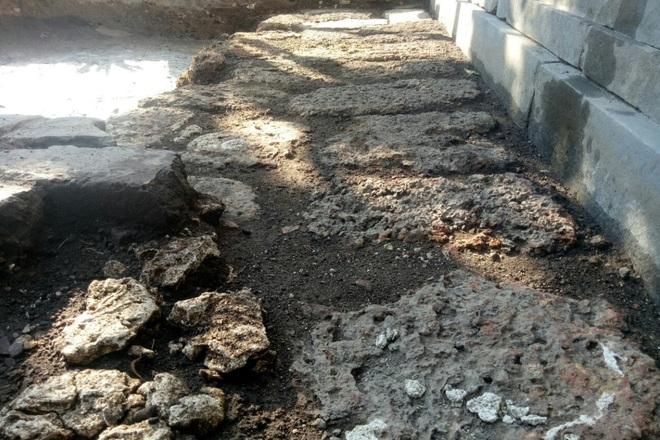 Khảo cổ ngôi điện đặt ngai vàng vua Nguyễn: Xuất lộ nhiều dấu tích xưa - 3