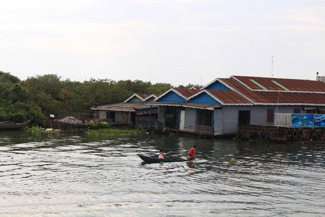 Việt Nam lên tiếng việc Campuchia di dời người Việt sống nổi trên sông - 2
