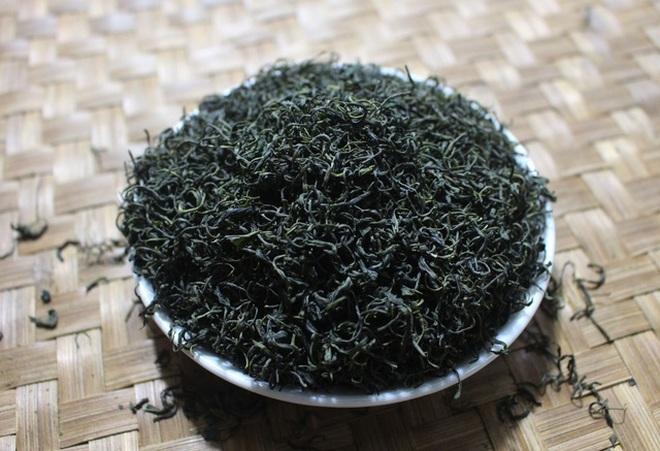 Trà ướp sen chát trước ngọt sau giá 10 triệu đồng/kg - 2