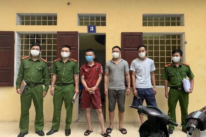 Thủ đoạn của nhóm siêu trộm chuyên đột nhập công sở, nhà dân - 1