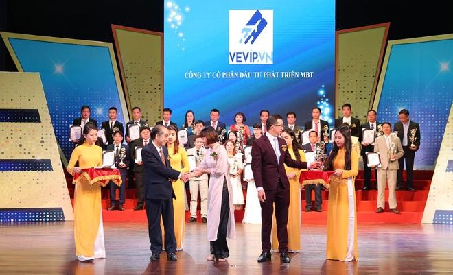 Trải nghiệm của tín đồ du lịch cùng vé máy bay giá rẻ trực tuyến tại VEVIP.VN - 1
